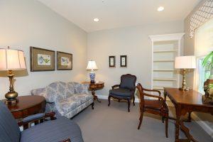 8333 suite sitting room